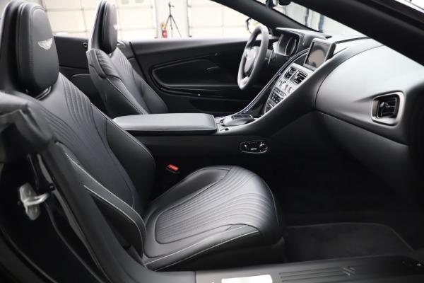 New 2021 Aston Martin DB11 Volante Convertible for sale $254,416 at Alfa Romeo of Westport in Westport CT 06880 20