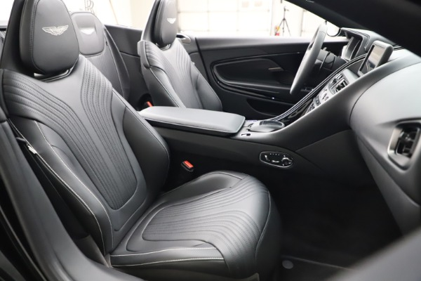 New 2021 Aston Martin DB11 Volante for sale $254,416 at Alfa Romeo of Westport in Westport CT 06880 21