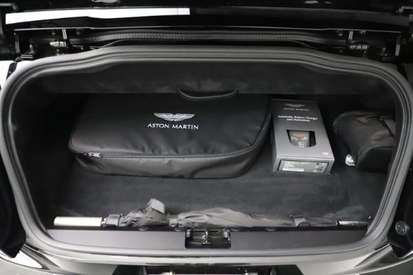 New 2021 Aston Martin DB11 Volante Convertible for sale $254,416 at Alfa Romeo of Westport in Westport CT 06880 24