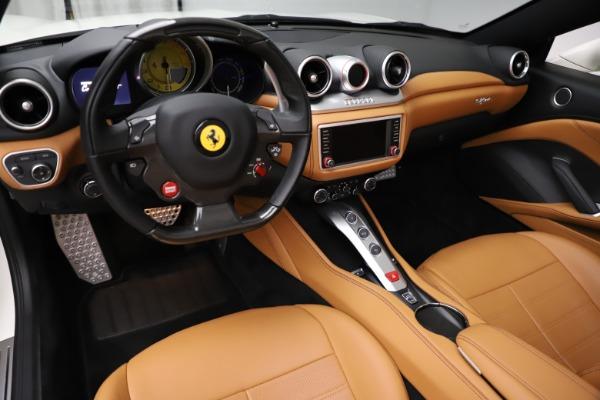 Used 2018 Ferrari California T for sale $169,900 at Alfa Romeo of Westport in Westport CT 06880 17