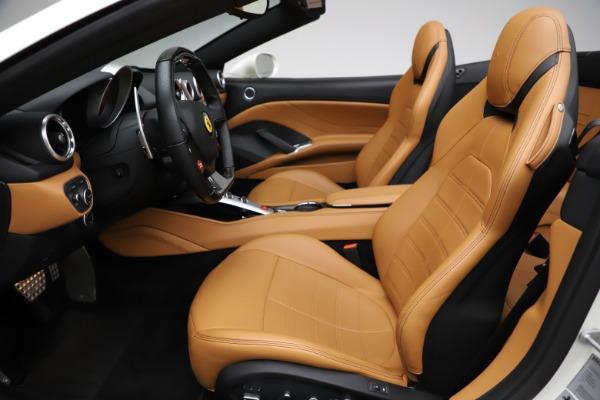 Used 2018 Ferrari California T for sale $169,900 at Alfa Romeo of Westport in Westport CT 06880 18