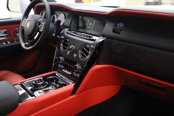 New 2021 Rolls-Royce Cullinan Black Badge for sale $431,325 at Alfa Romeo of Westport in Westport CT 06880 17