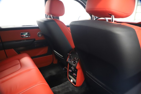 New 2021 Rolls-Royce Cullinan Black Badge for sale $431,325 at Alfa Romeo of Westport in Westport CT 06880 21
