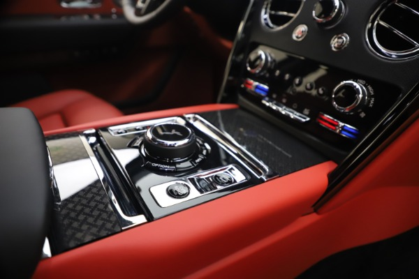 New 2021 Rolls-Royce Cullinan Black Badge for sale $431,325 at Alfa Romeo of Westport in Westport CT 06880 27