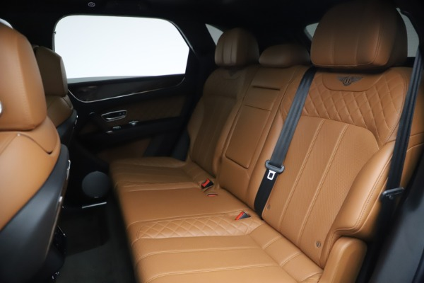 Used 2017 Bentley Bentayga W12 for sale $126,900 at Alfa Romeo of Westport in Westport CT 06880 24