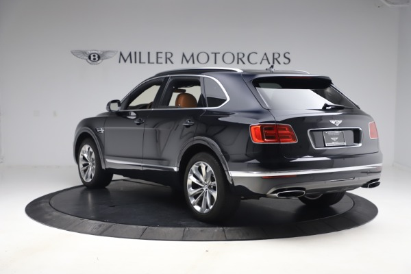 Used 2017 Bentley Bentayga W12 for sale $126,900 at Alfa Romeo of Westport in Westport CT 06880 5