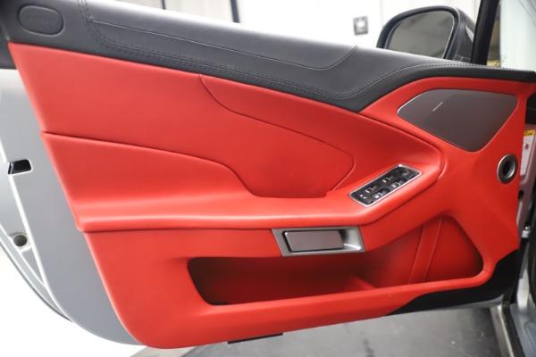 Used 2014 Aston Martin Vanquish Volante for sale $129,900 at Alfa Romeo of Westport in Westport CT 06880 23