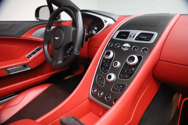Used 2014 Aston Martin Vanquish Volante for sale $129,900 at Alfa Romeo of Westport in Westport CT 06880 25