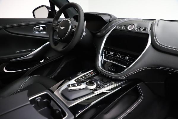 New 2021 Aston Martin DBX for sale $201,586 at Alfa Romeo of Westport in Westport CT 06880 21