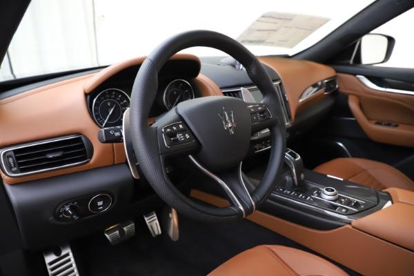 New 2021 Maserati Levante S Q4 GranSport for sale $108,235 at Alfa Romeo of Westport in Westport CT 06880 13