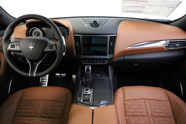 New 2021 Maserati Levante S Q4 GranSport for sale $108,235 at Alfa Romeo of Westport in Westport CT 06880 16