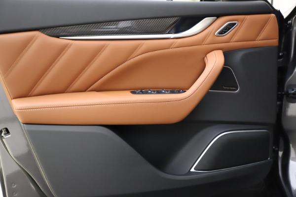 New 2021 Maserati Levante S Q4 GranSport for sale $108,235 at Alfa Romeo of Westport in Westport CT 06880 17