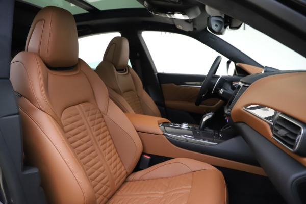 New 2021 Maserati Levante S Q4 GranSport for sale $108,235 at Alfa Romeo of Westport in Westport CT 06880 21