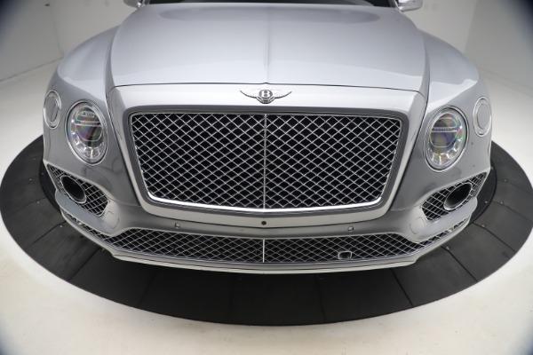Used 2018 Bentley Bentayga W12 Signature for sale $154,900 at Alfa Romeo of Westport in Westport CT 06880 14