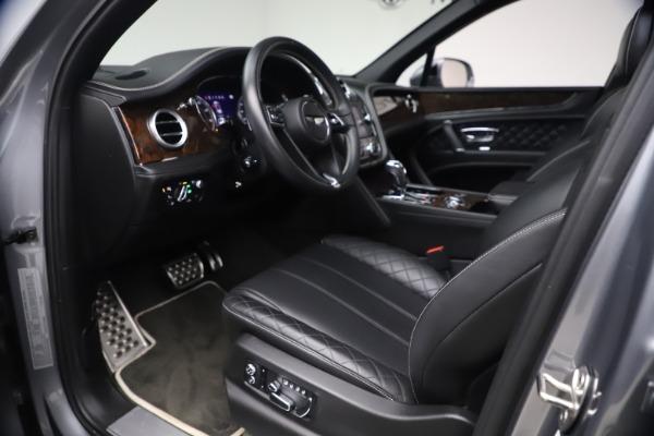Used 2018 Bentley Bentayga W12 Signature for sale $154,900 at Alfa Romeo of Westport in Westport CT 06880 18