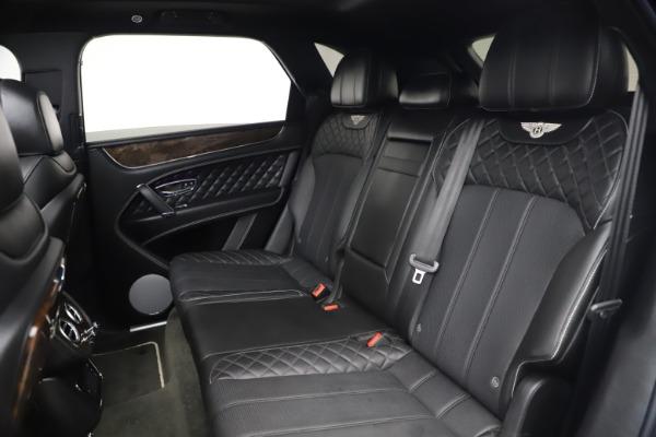 Used 2018 Bentley Bentayga W12 Signature for sale $154,900 at Alfa Romeo of Westport in Westport CT 06880 24