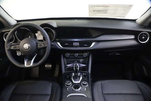 New 2020 Alfa Romeo Stelvio Q4 for sale Sold at Alfa Romeo of Westport in Westport CT 06880 16