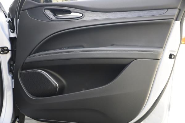 New 2020 Alfa Romeo Stelvio Q4 for sale Sold at Alfa Romeo of Westport in Westport CT 06880 25