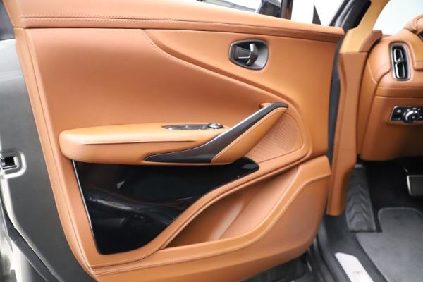 New 2021 Aston Martin DBX for sale $226,136 at Alfa Romeo of Westport in Westport CT 06880 15