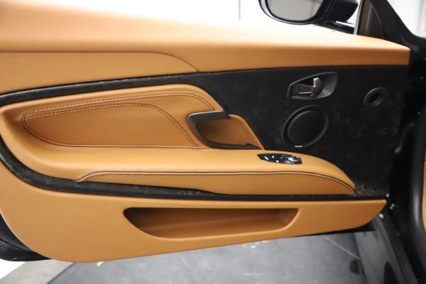 New 2021 Aston Martin DBS Superleggera Volante Convertible for sale $402,786 at Alfa Romeo of Westport in Westport CT 06880 16