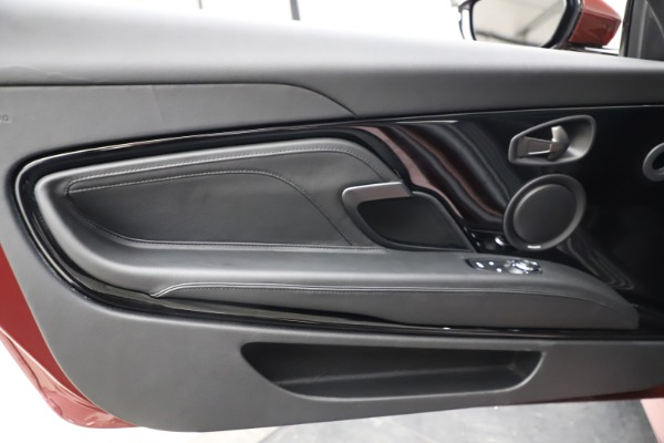 New 2021 Aston Martin DBS Superleggera Volante Convertible for sale $362,486 at Alfa Romeo of Westport in Westport CT 06880 23