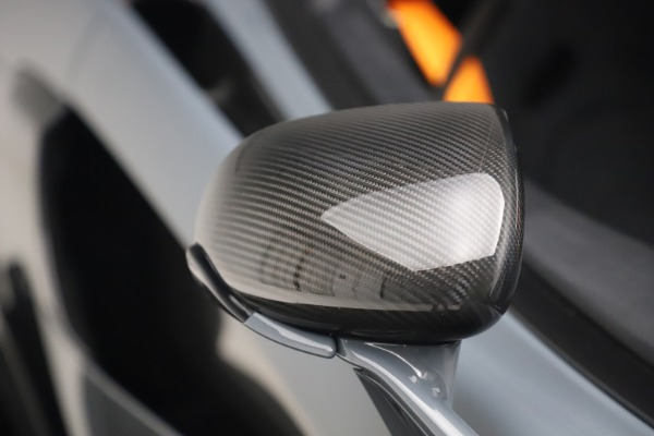 Used 2019 McLaren 600LT Coupe for sale $229,900 at Alfa Romeo of Westport in Westport CT 06880 27
