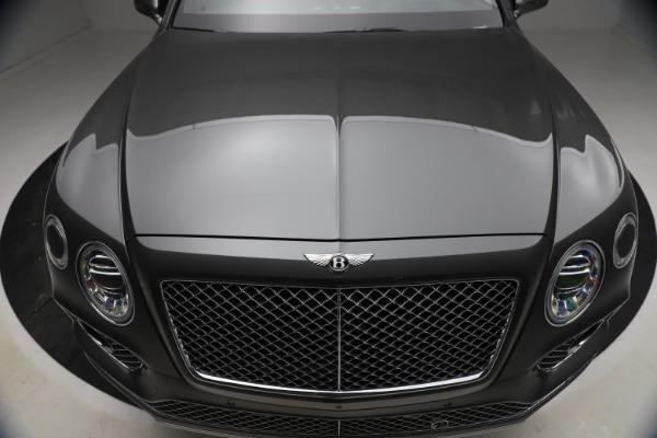 Used 2018 Bentley Bentayga W12 for sale $156,900 at Alfa Romeo of Westport in Westport CT 06880 15