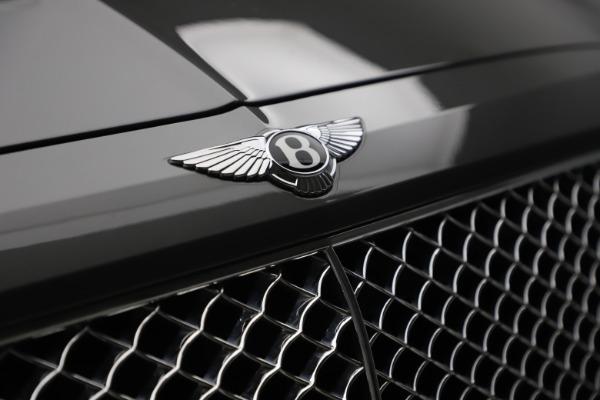 Used 2018 Bentley Bentayga W12 for sale $156,900 at Alfa Romeo of Westport in Westport CT 06880 16