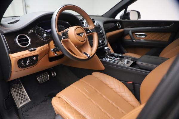 Used 2018 Bentley Bentayga W12 for sale $156,900 at Alfa Romeo of Westport in Westport CT 06880 19