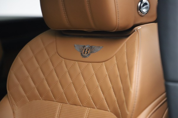 Used 2018 Bentley Bentayga W12 for sale $156,900 at Alfa Romeo of Westport in Westport CT 06880 22