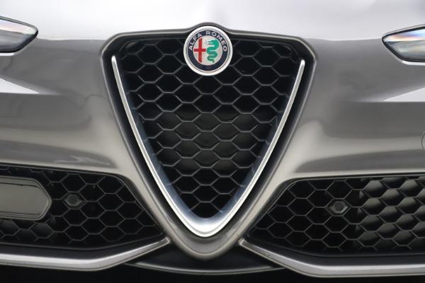 Used 2017 Alfa Romeo Giulia Ti Sport for sale $26,900 at Alfa Romeo of Westport in Westport CT 06880 14