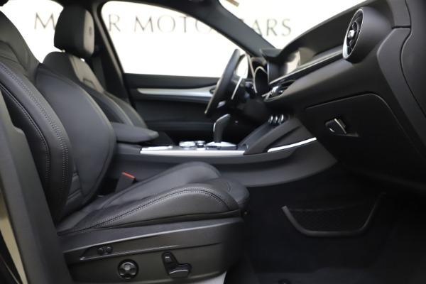 New 2020 Alfa Romeo Stelvio Ti Sport Q4 for sale Sold at Alfa Romeo of Westport in Westport CT 06880 22