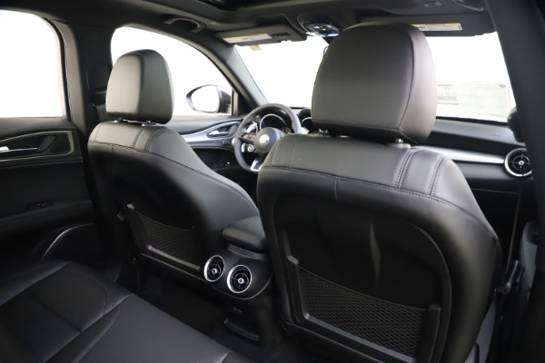 New 2020 Alfa Romeo Stelvio Ti Sport Q4 for sale Sold at Alfa Romeo of Westport in Westport CT 06880 26