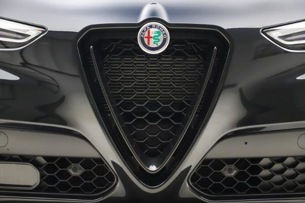 New 2020 Alfa Romeo Stelvio Ti Sport Q4 for sale Sold at Alfa Romeo of Westport in Westport CT 06880 27