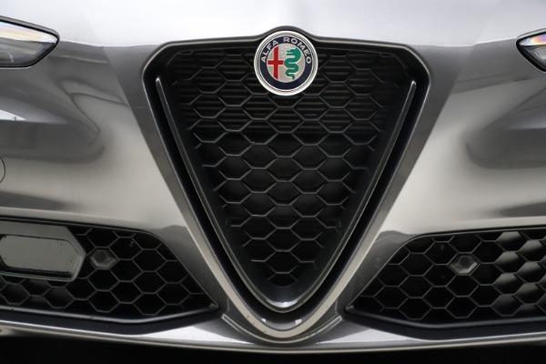 New 2021 Alfa Romeo Giulia Q4 for sale $48,035 at Alfa Romeo of Westport in Westport CT 06880 13