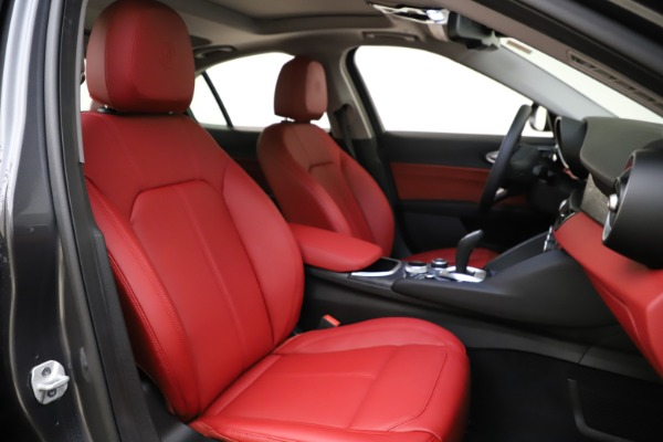 New 2021 Alfa Romeo Giulia Q4 for sale $48,035 at Alfa Romeo of Westport in Westport CT 06880 22