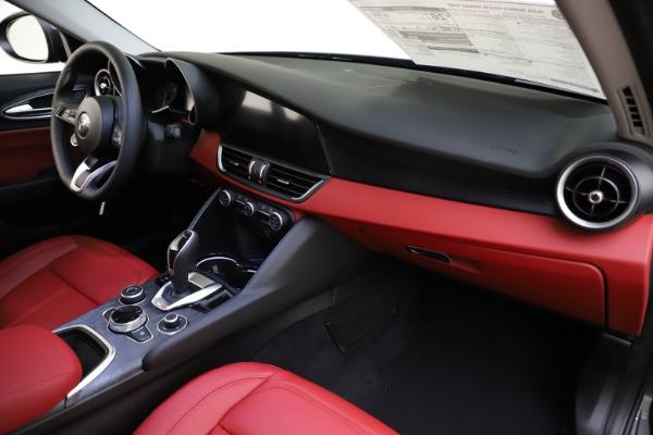 New 2021 Alfa Romeo Giulia Q4 for sale $48,035 at Alfa Romeo of Westport in Westport CT 06880 24