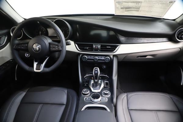 New 2021 Alfa Romeo Giulia Q4 for sale Call for price at Alfa Romeo of Westport in Westport CT 06880 15