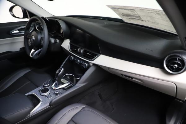 New 2021 Alfa Romeo Giulia Q4 for sale Call for price at Alfa Romeo of Westport in Westport CT 06880 22