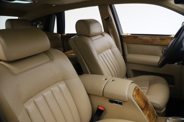Used 2006 Rolls-Royce Phantom for sale $109,900 at Alfa Romeo of Westport in Westport CT 06880 22