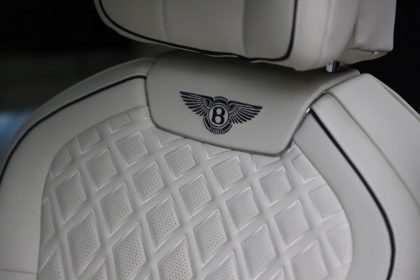 New 2021 Bentley Flying Spur V8 First Edition for sale Call for price at Alfa Romeo of Westport in Westport CT 06880 20