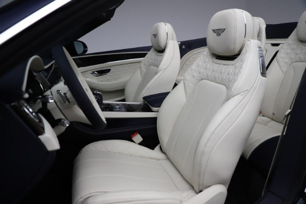 New 2021 Bentley Continental GT V8 for sale $276,830 at Alfa Romeo of Westport in Westport CT 06880 27