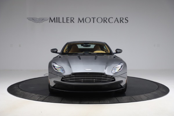 Used 2017 Aston Martin DB11 V12 Coupe for sale $149,900 at Alfa Romeo of Westport in Westport CT 06880 11
