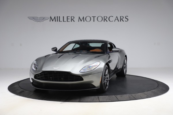 Used 2017 Aston Martin DB11 V12 Coupe for sale $134,900 at Alfa Romeo of Westport in Westport CT 06880 12
