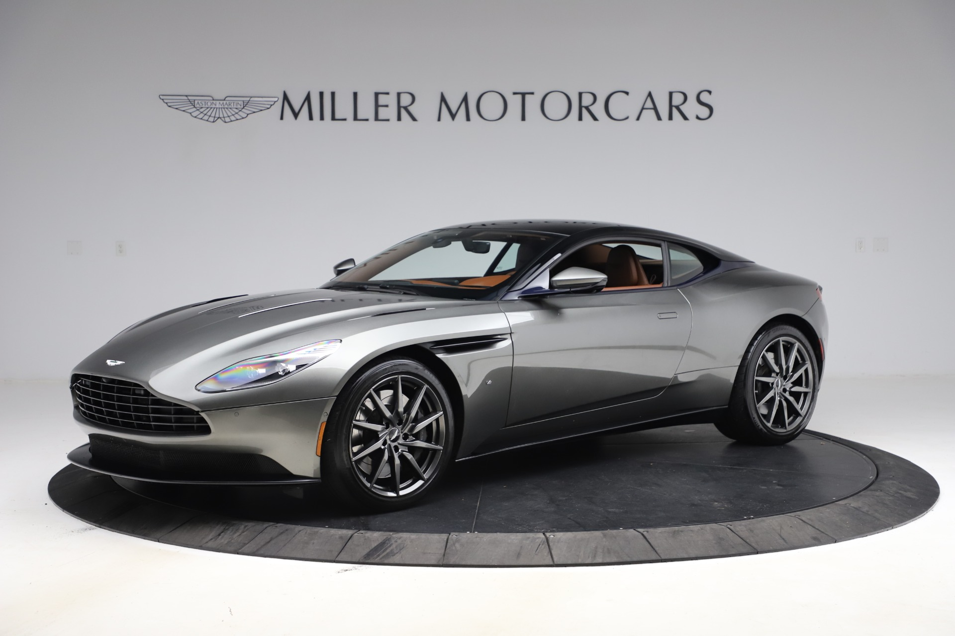 Used 2017 Aston Martin DB11 V12 Coupe for sale $134,900 at Alfa Romeo of Westport in Westport CT 06880 1