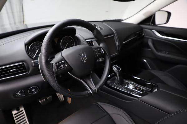 New 2021 Maserati Levante Q4 GranSport for sale $93,585 at Alfa Romeo of Westport in Westport CT 06880 13