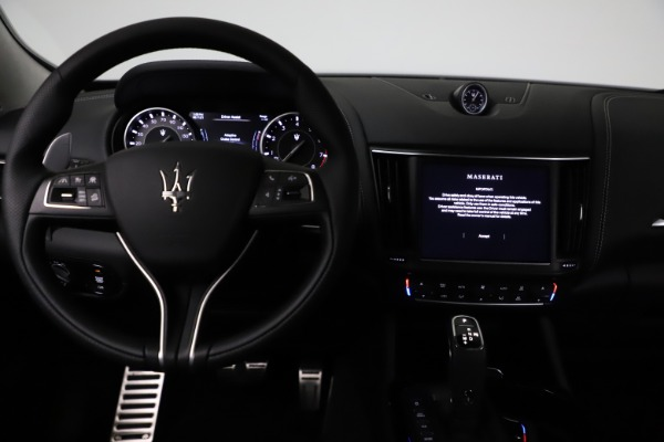 New 2021 Maserati Levante Q4 GranSport for sale $93,585 at Alfa Romeo of Westport in Westport CT 06880 16