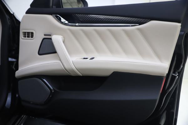 New 2021 Maserati Quattroporte S Q4 GranSport for sale $129,185 at Alfa Romeo of Westport in Westport CT 06880 21