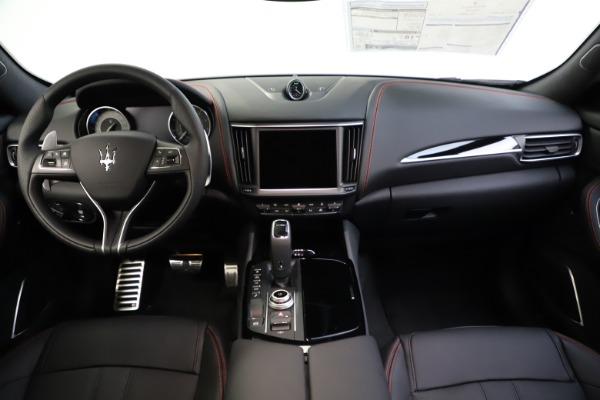 New 2021 Maserati Levante Q4 GranSport for sale $92,485 at Alfa Romeo of Westport in Westport CT 06880 25