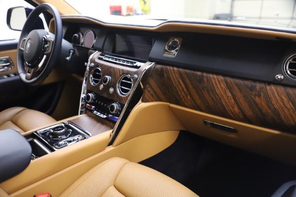 Used 2019 Rolls-Royce Cullinan for sale Sold at Alfa Romeo of Westport in Westport CT 06880 17
